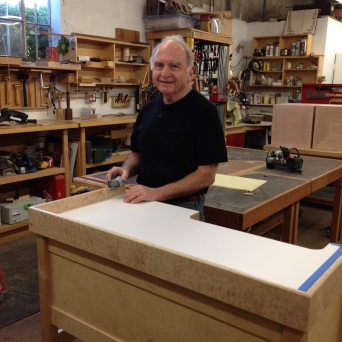 Construction of jeweler's bench